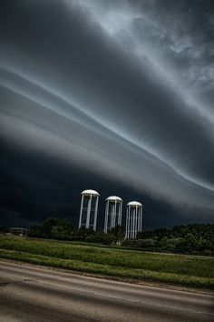 Violent and severe weather moved through Northeast Wisconsin Wednesday causing major damage, but also some amazing views. Here are some photos viewers sent into Photo Viewer, Storm Clouds, Severe Weather, Storms, Wisconsin, Wednesday, Country Roads, Amazing, Photos
