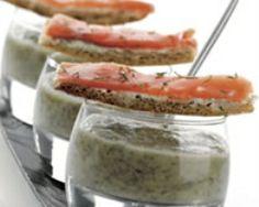 Crème de lentilles et ses mouillettes de saumon fumé (facile, rapide) - Une recette CuisineAZ