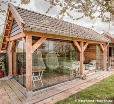 Discover recipes, home ideas, style inspiration and other ideas to try. Backyard Gazebo, Backyard Sheds, Backyard Patio Designs, Backyard Landscaping, Patio Ideas, Extension Veranda, Landscape Design, Garden Design, Patio Grande