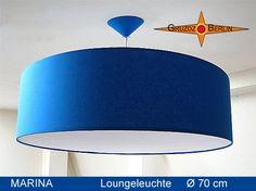 Loungeleuchte MARINA Ø 70 cm Pendelleuchte mit Diffusor und Baldach. Beeindruckende Eleganz in einem royalen, klaren Blau.