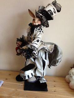 Роскошнейший мистер Кролик !!! Настоящий мужчина Wayne Kleski . Временно 10000!!! / Фарфоровые куклы / Шопик. Продать купить куклу / Бэйбики. Куклы фото. Одежда для кукол