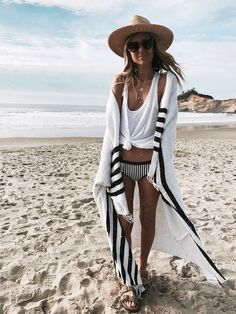 Love it all beach outfit beach outfit summer beachwear, beach wear 20 Estilo Hippie Chic, Hippie Style, Boho Beach Style, Hippie Gypsy, Gypsy Style, Boho Chic, Beach Outfit Summer Beachwear, Outfit Beach, Mode Monochrome
