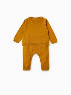 Zara Cute Outfits For Kids, Toddler Girl Outfits, Baby Outfits Newborn, Baby Boy Newborn, Gender Neutral Baby Clothes, Trendy Baby Clothes, Baby Kids Clothes, Baby Boy Fashion, Toddler Fashion