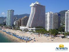 #infoacapulco Economía de Acapulco. NOTICIAS DE ACAPULCO. La actividad económica del puerto se centra principalmente en el turismo, la agricultura y la pesca, siendo el turismo la más importante. Es la ciudad que más reditúa al municipio, así como la de mayor producto interno bruto. Te invitamos a vacacionar en el hermoso puerto de Acapulco. www.fidetur.guerrero.gob.mx