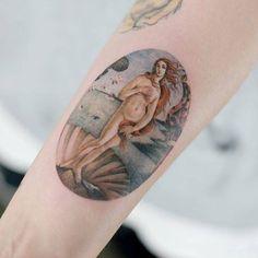 The Birth of Venus tattoo on the right inner forearm. The Birth of Venus tattoo on the right inner forearm. Venus Tattoo, Aphrodite Tattoo, Tattoo Life, Dream Tattoos, Body Art Tattoos, Tatoos, Tattoo Art, Pretty Tattoos, Beautiful Tattoos