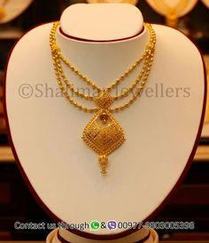 Arabic Jewelry, Gold Temple Jewellery, Silver Jewellery Indian, Gold Jewellery Design, Pearl Necklace Designs, Gold Earrings Designs, Gold Necklace, Mang Tikka, Abaya Dubai