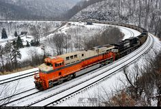 RailPictures.Net Photo: NS 8105 Norfolk Southern GE ES44AC at Altoona, Pennsylvania by Norfolk Southern Corp
