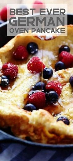 German Oven Pancake is a hot and puffy golden pancake that only requires 5 minutes of prep! This German oven pancake is so delicous! Breakfast Desayunos, Breakfast Dishes, Breakfast Recipes, Brunch Recipes, Gourmet Recipes, Cooking Recipes, Churros, Oven Pancakes, Healthy Sweet Snacks