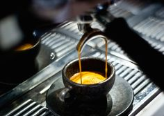 Kaffeeform espresso cups made of coffee grounds are dishwasher safe!
