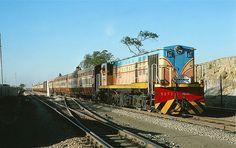 Fancy livery YDM4A 6158 (MG) Mahesana Junction 2.3.78 | Flickr - Photo Sharing!