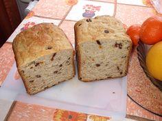 Všechny suroviny, kromě mandlí a ořechů dáme do pekárny, zvolíme program pečení, základní, kůrka světlá. Po signálu přidáme ořechy a mandle.... Program, Bread, Food, Breads, Baking, Meals, Yemek, Sandwich Loaf, Eten