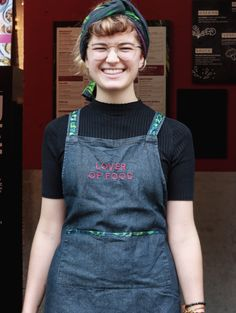 Julia, our daily dose of happiness! Overall Shorts, Overalls, Happiness, People, Food, Women, Fashion, Moda, Bonheur