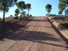 Empresa de reparación de caminos de tierra en la provincia de Barcelona  Qué Hacemos  Obra pública y privada: -Reparación y manteni ..  http://barcelona-city.evisos.es/empresa-de-reparacion-de-caminos-de-tierra-en-la-provincia-de-bar-id-651573