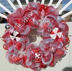 Christmas Wreath - Metallic Peppermint - Candy Cane Deco Mesh Wreath - Holiday Wreath - Red Silver Wreath - Christmas Decor