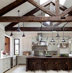Queencaylz// rustic contemporary, exposed beams, vaulted ceiling with beams, wooden beams Farmhouse Kitchen Interior, Rustic Kitchen, Interior Design Kitchen, Kitchen Decor, Grand Kitchen, Kitchen Dining, Kitchen Ideas, Loft Kitchen, French Farmhouse