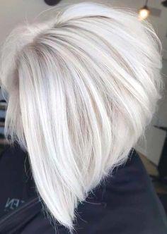 Short Platinum Blonde Hair, Silver Blonde Hair, White Blonde Bob, White Hair, Silver Hair Colors, Silver Platinum Hair, Platinum Blonde Highlights, Platinum Hair Color, Blonde Bob Hairstyles