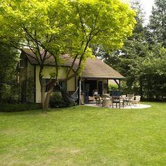"""kleinschalig """"vakantiepark"""" met speeltuintje en theehuis in Twente"""