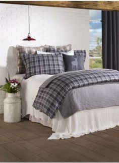 Forest Duvet Cover by Brunelli with a plaid pattern in grey tones. Country Cupboard, House Quilts, Getting Out Of Bed, Duvet Cover Sets, Bed And Breakfast, Bedding Sets, Master Bedroom, Bedroom Small, New Homes