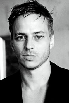 Tom Wlaschiha (Jaqen H'ghar in Game of Thrones)....Sigh....