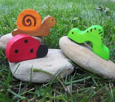 Bugged Out! 20 Handmade and DIY Bug Inspired Projects Perfect For Baby