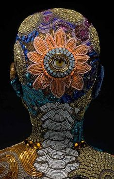5 Most Impressive Mosaic Sculptors   Mosaic Art and Artists   Mosaic Sculptures   Read our blog to discover what more artists can do with mosaics #Mozaico