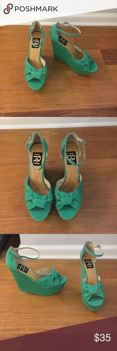 Kelly green wedges Kelly green wedges! Super comfortable and perfect for St. Patrick's day!!! ☘️ Shoes Wedges