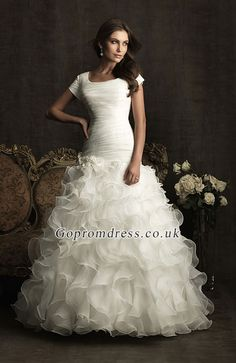 wedding dresses with sleeves ~ need longer sleeves, but i LOOOVE it!
