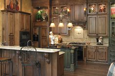 Great kitchen cabinets!