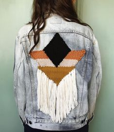 Six vintage Levi's jackets with handwoven geometric detail available December 1st! Six different sizes, colors and styles of jackets will be available. Feel free to e-mail us with any questions you may have! xx✨✌ . . . . . . . . . #weaving #woven #handwoven #loom #yarn #wool #charleston #fiberart #sunwoven #abmcrafty