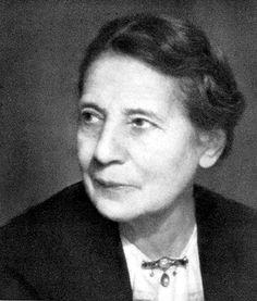 Lise Meitner (1878 – 1968) study radioactivity