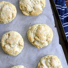 Easy, flaky, buttery buttermilk ranch biscuits made with creamy ranch dressing.