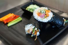 Consumers these days are big on quickly assembled, relatively nutritious food that also tastes good. Meet your latest fast-casual obsession: temaki.