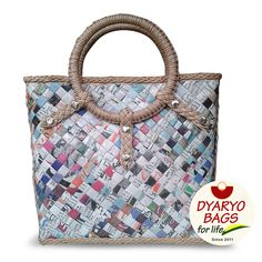 Eco-friendly product - New Dyaryo Bag design made from newspapers Newspaper Bags, Candy Bags, Bag Design, Bag Making, Straw Bag, Shopping Bag, Purses And Bags, Eco Friendly, Recycled Crafts