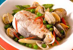 Merlu aux coquillages et aux légumesVoir la recette du Merlu aux coquillages et aux légumes >>