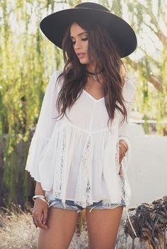 Alani Flowy Lace Top - White