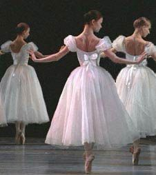 Ballet Art, Ballet Dancers, Ballet Costumes, Dance Costumes, Princesa Tutu, Pretty Ballerinas, Princess Aesthetic, Ballet Photography, Ballet Beautiful