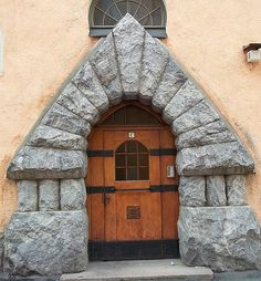 If you wanted a door like this today, could you get one?