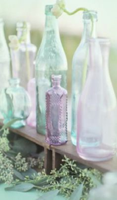 Lilac and mint tinted glass Soft Colors, Pastel Colors, Pastels, Pastel Wedding Colors, Pastel Palette, Purple Wedding, Lavender Green, Pink And Green, Lavender Cottage