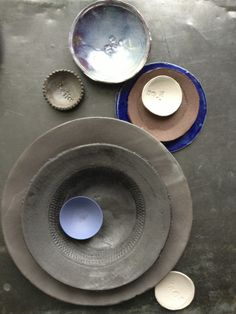 shades of black and colorrd ceramics + photo made by dietlind wolf