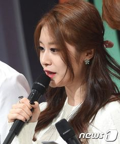 Jiyeon MC @ SBS MTV The Show 150331 Credits:... - T-ARA Park Jiyeon Fan Blog 티아라 박지연 팬 블로그