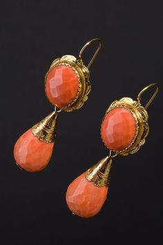 Orecchini Manifattura napoletana Seconda metà 1800 Moon Jewelry, Turquoise Jewelry, Edwardian Jewelry, Antique Jewelry, Witch Jewelry, Gold Jewellery Design, Beautiful Earrings, Indian Jewelry, Artisan Jewelry