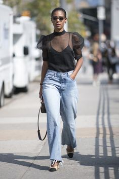 15 Fresh Ways to Wear Jeans For Fall That Require Little to No Effort