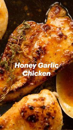 Chicken Thigh Recipes Oven, Marinated Chicken Recipes, Oven Chicken, Boneless Chicken, Chicken With Bone Recipes, Simple Chicken Marinade, Marinades For Chicken, Chicken On The Grill, Stuffed Chicken Recipes