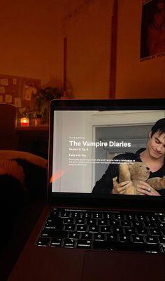 Vampire Diaries Seasons, Serie The Vampire Diaries, Swag Girl Style, Insta Story, Grunge, Cool Instagram, Photo Dump, Good News, Night Aesthetic