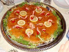 Moroccan traditional Fish pastilla Fish pastilla La Pastilla is a prestigious Moroccan dish that families prepare for parties . Diet Recipes, Chicken Recipes, Cooking Recipes, Edam Cheese, Moroccan Dishes, Pasta, Weird Food, Main Meals