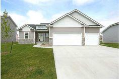 2390 Se Willowbrook Dr, Waukee, IA 50263. 3 bed, 2 bath, $279,900. Cornerstone Homes Sy...