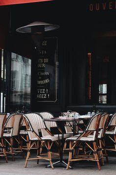 captvinvanity:   Kristin Rosenau|Paris, France