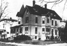 August 1892 Andrew and Abby Borden were axed to death in their home in Fall River, Mass. (Lizzie Borden, Andrew Borden's daughter from a previous marriage, was accused of the killings, though she was later acquitted. Most Haunted Places, Scary Places, Haunted Houses In America, Ghost Hauntings, Ghost And Ghouls, Places In America, Fall River, Ghost Stories, Abandoned Places