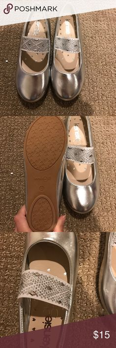NWOT kensie girl shoes Silver girl shoe with studded strap. Dress is up or down! This shoe is perfect for most occasions! Kensie Girl Shoes Dress Shoes