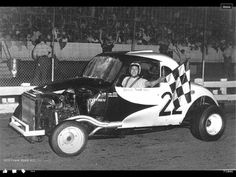 Checkered Flag, Car Makes, Sit Back, Antique Cars, Monster Trucks, Racing, Vehicles, Coaches, Cutaway